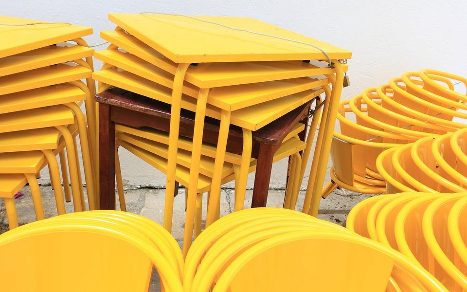 mesas cafés amarelo restaurante mobília