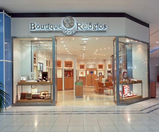b16d56bba7a ... Boutique dos Relógios plus Cascais. Primeira loja plus da cadeia em 2001
