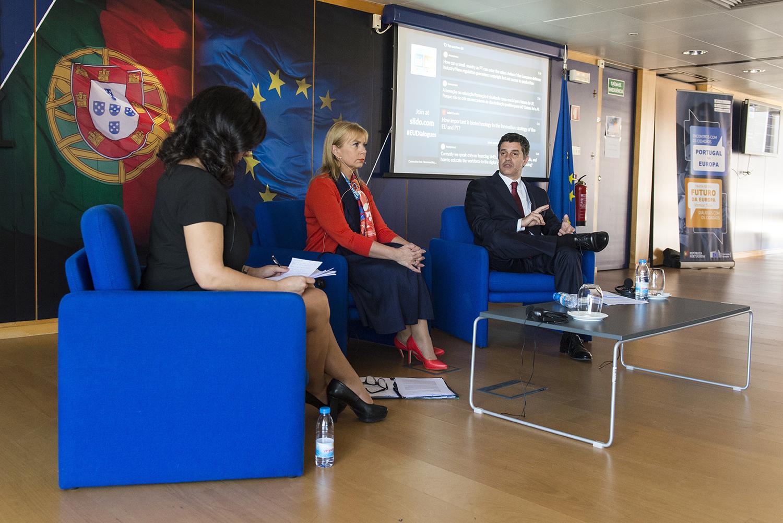 """Manuel Caldeira Cabral, Ministro da Economia no Encontro """"Diálogo com os Cidadãos"""" da Comissão Europeia"""