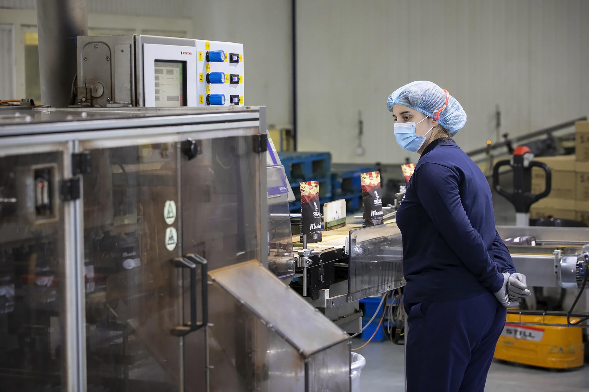 Unidade de produção de café da fábrica Nestlé, Porto - 26OUT20