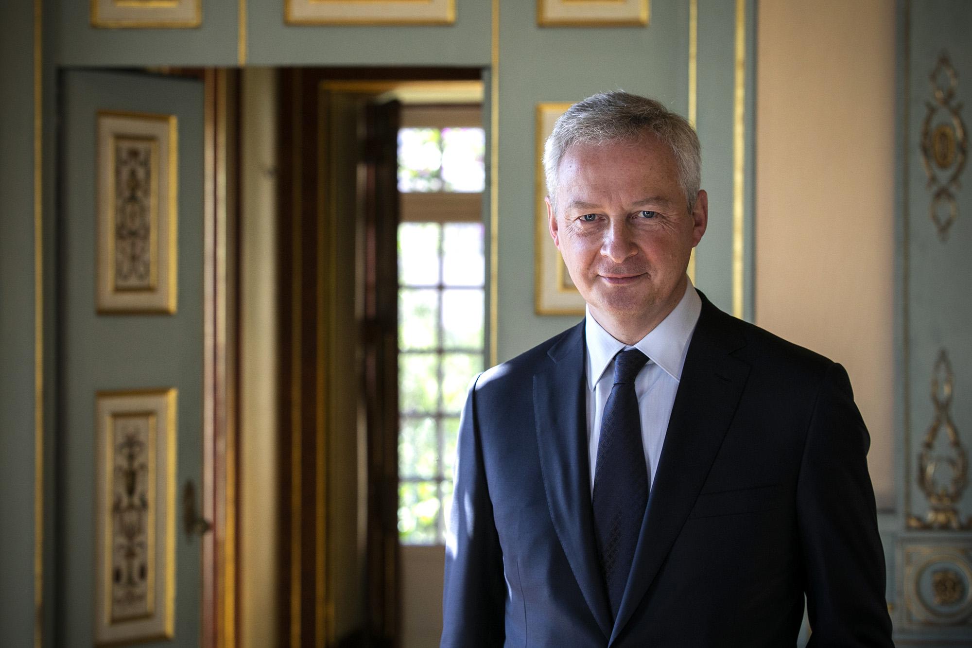 Bruno Le Maire, Ministro das Finanças de França, em conversa informal com os jornalistas - 03DEZ20