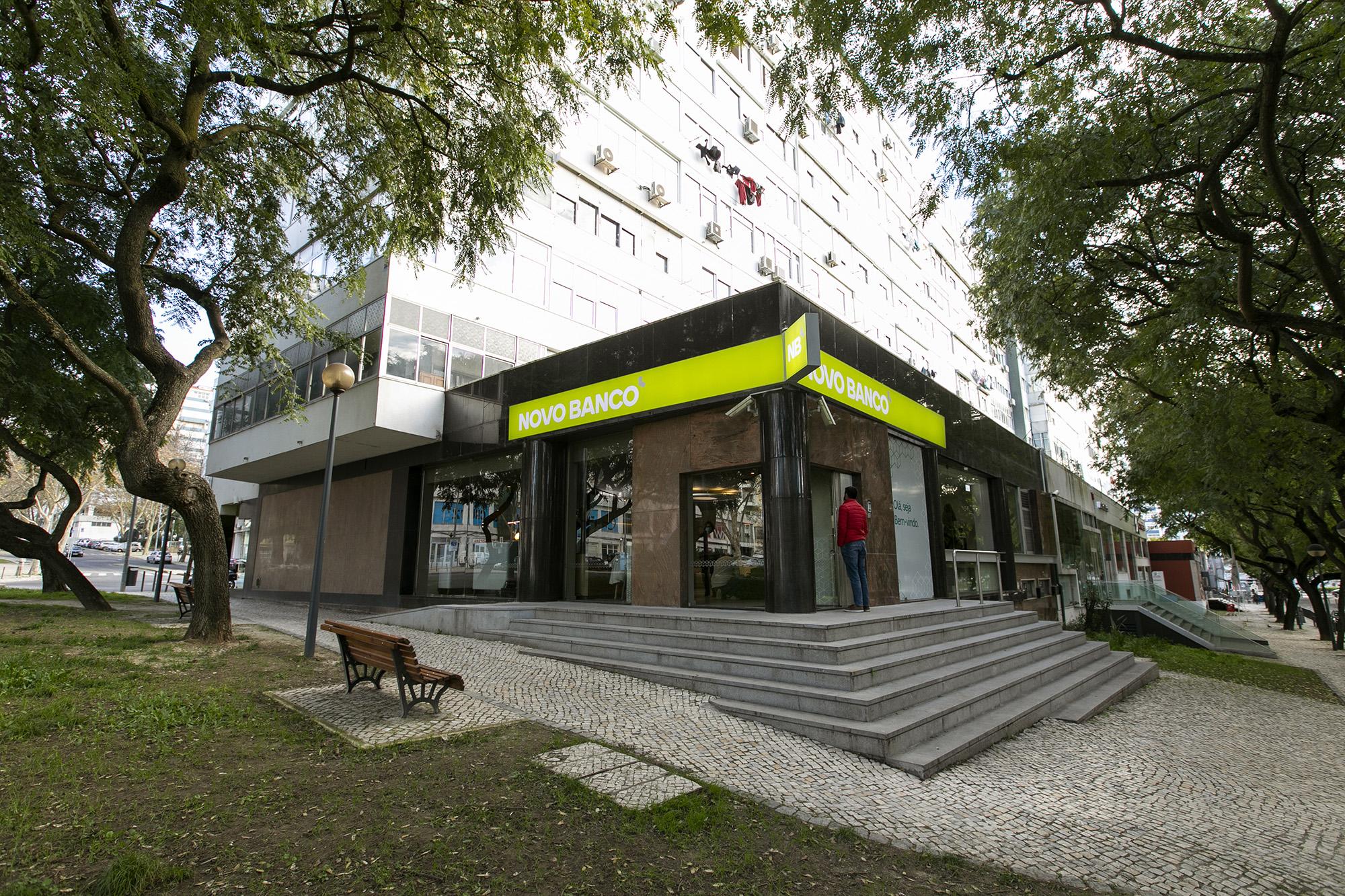 Balcão Novo Banco em Benfica - 08JAN21