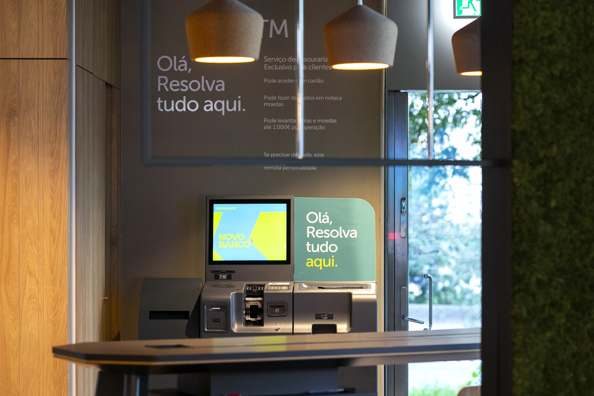 Balcão Novo Banco em Benfica - 11JAN21